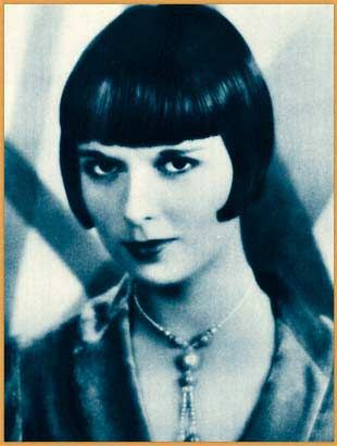 Publicity photo of Louise Brooks